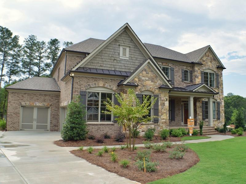 Home south communities presents oak grove manor home for Custom home builders in atlanta