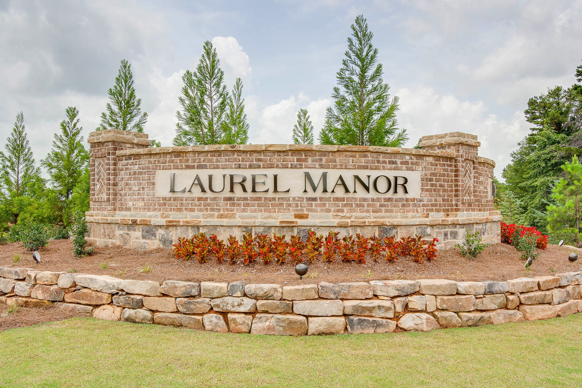 Laurel Manor